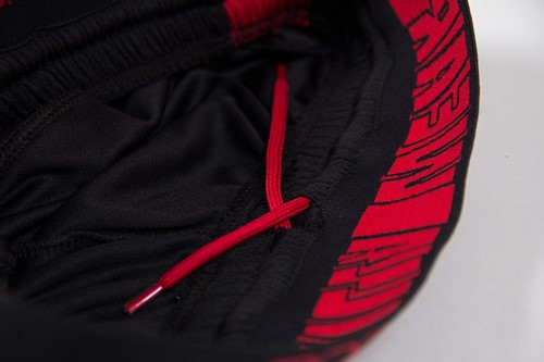 Shelby Shorts - Black/Red - Detail
